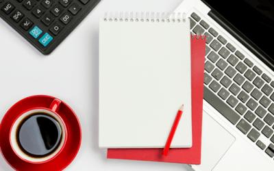 Jak przygotować, przeprowadzić i promować webinary, które przyciągają tysiące?